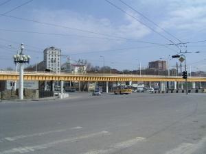 Движение по Сиверса от переулка Согласия до улицы Красноармейской будет прекращено до окончания строительства эстакады нового мостового перехода через Дон
