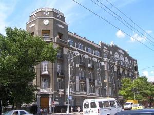 Военных обязали снести забор и ограждения на ул.Пушкинской