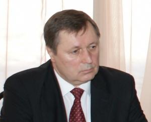 Владимир Катальников: Среди задач обновления социальной сферы  важное место принадлежит модернизации здравоохранения