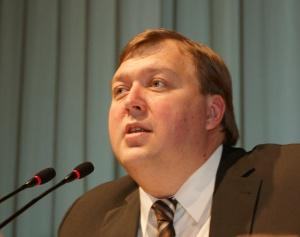 Единороссы обеспечат контроль за ходом выборов