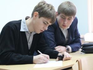 Ростовская молодежь против инициативы КПРФ по увеличению срока армейской службы