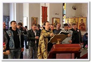 Ростовских байкеров благословили на сезон